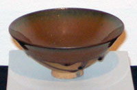 Yaozhou ware conical bowl with russet glaze